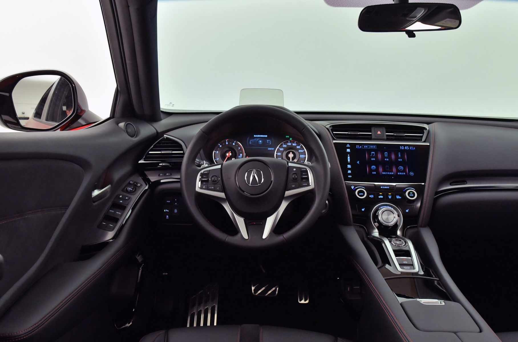 Acura обновила маленький кроссовер CDX