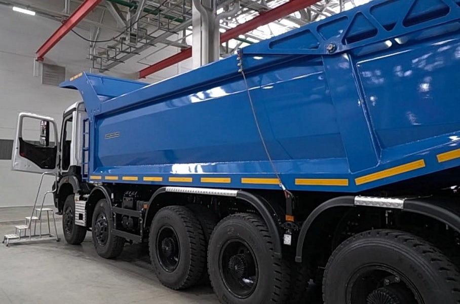 КамАЗ рассказал о преимуществах нового самосвала грузоподъемностью 87т перед БелАЗом
