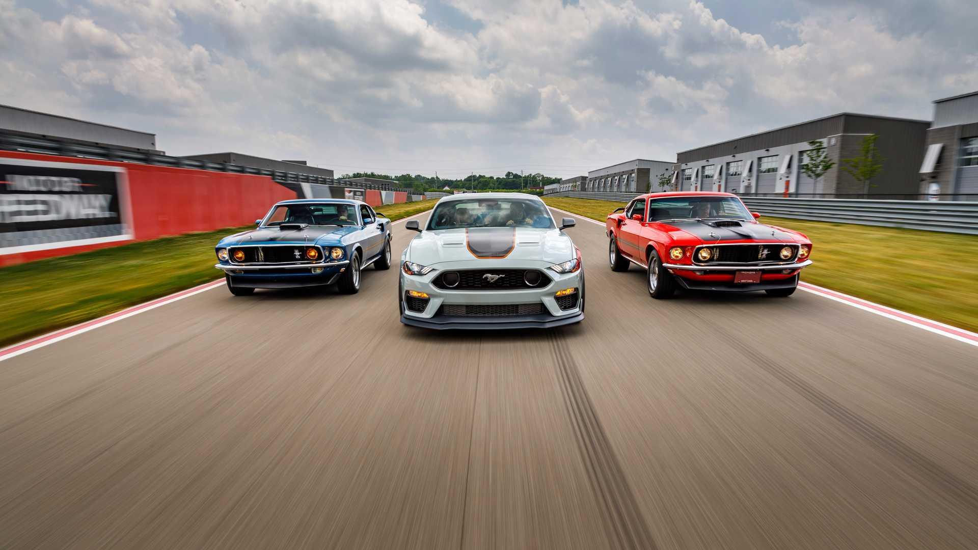Ford не планирует прекращать производство Mustang