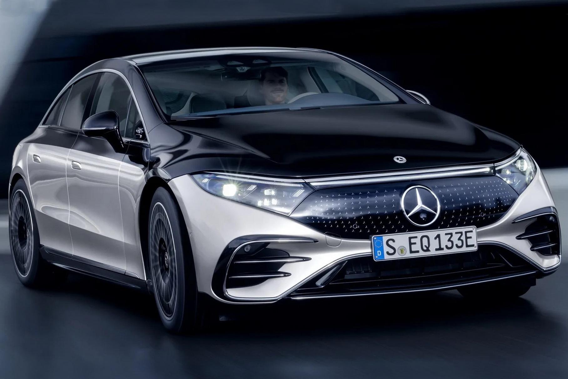 Mercedes-Benz объяснил отсутствие камер заднего вида на новом EQS
