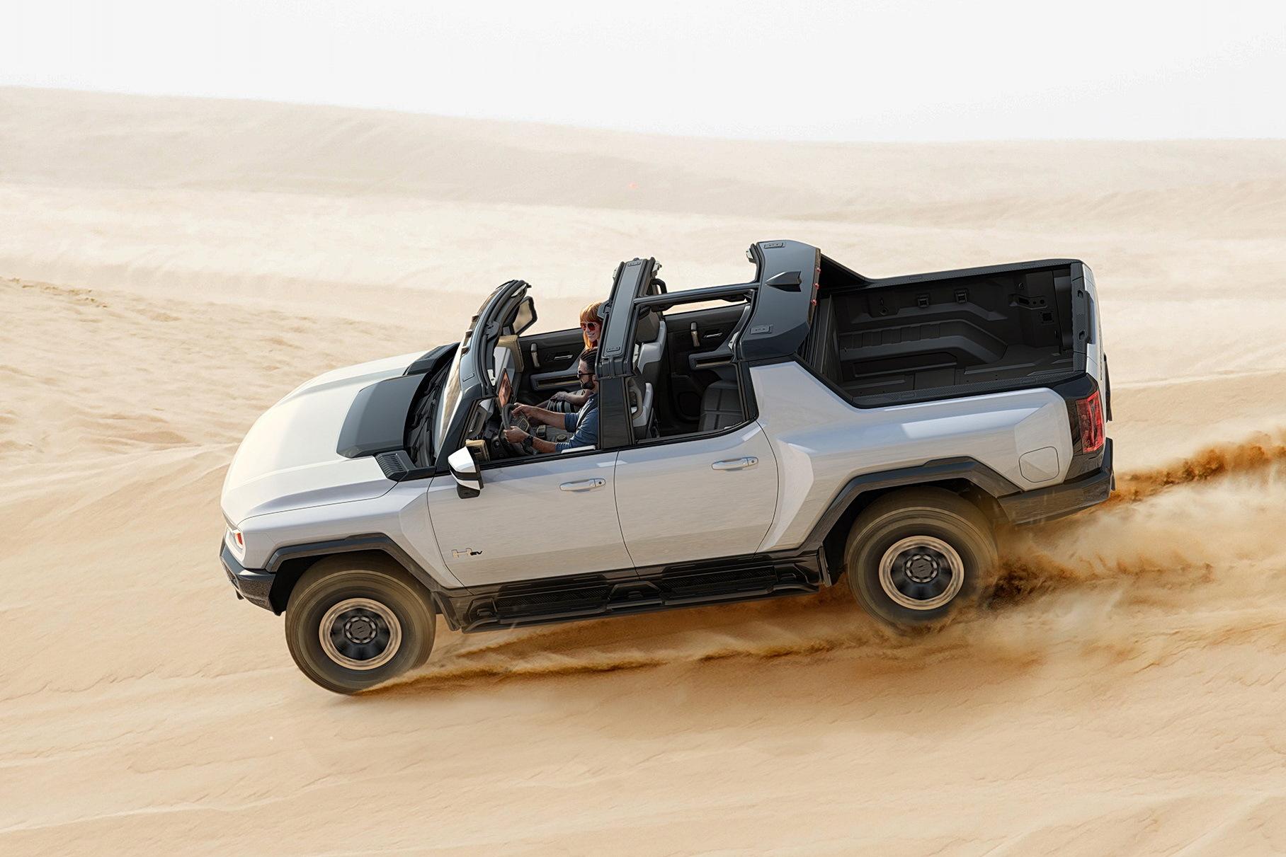 Электропикап Hummer оказался тяжелее, чем грузовик ГАЗ Валдай