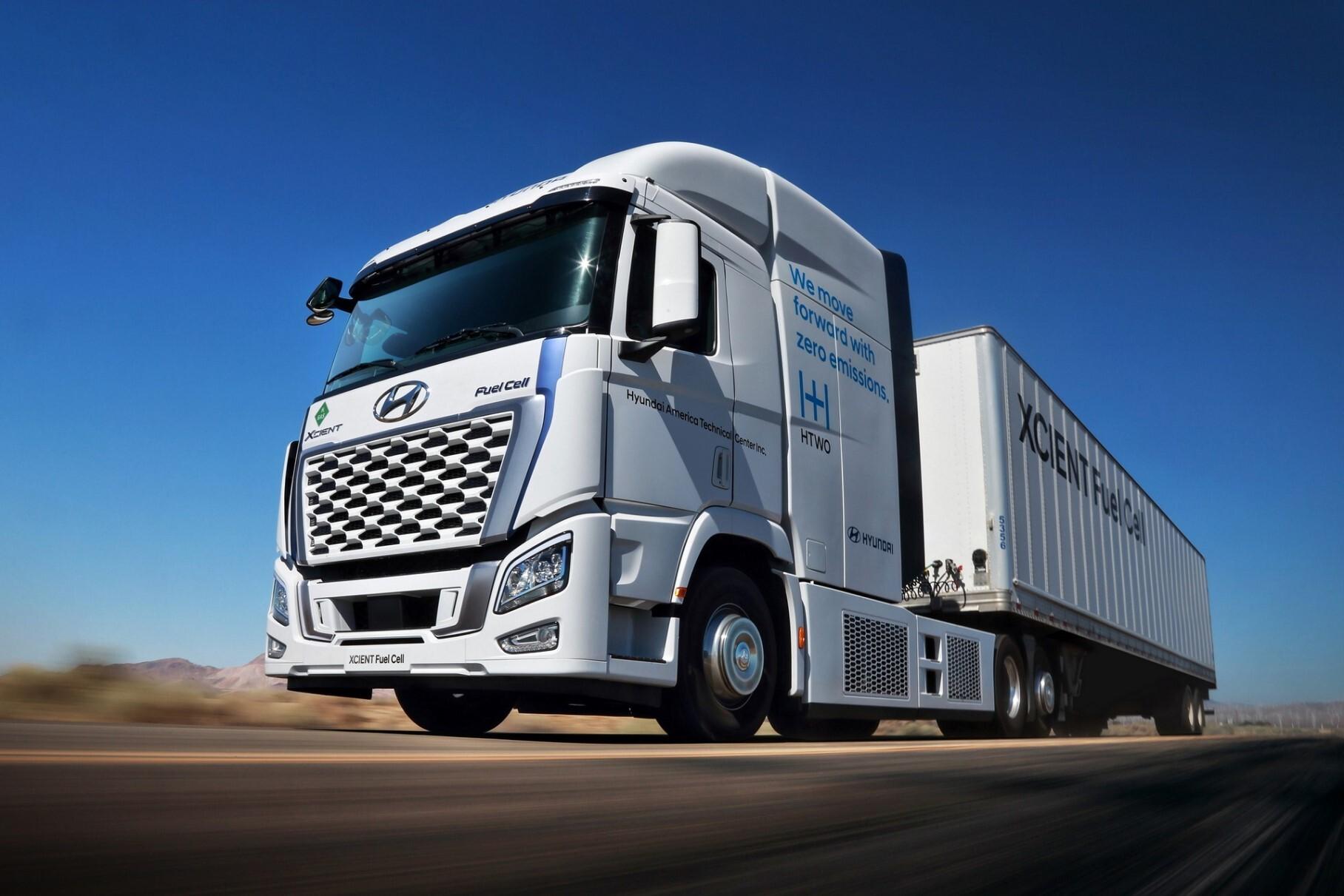 Hyundai выпустит на дороги США 30 водородных грузовиков