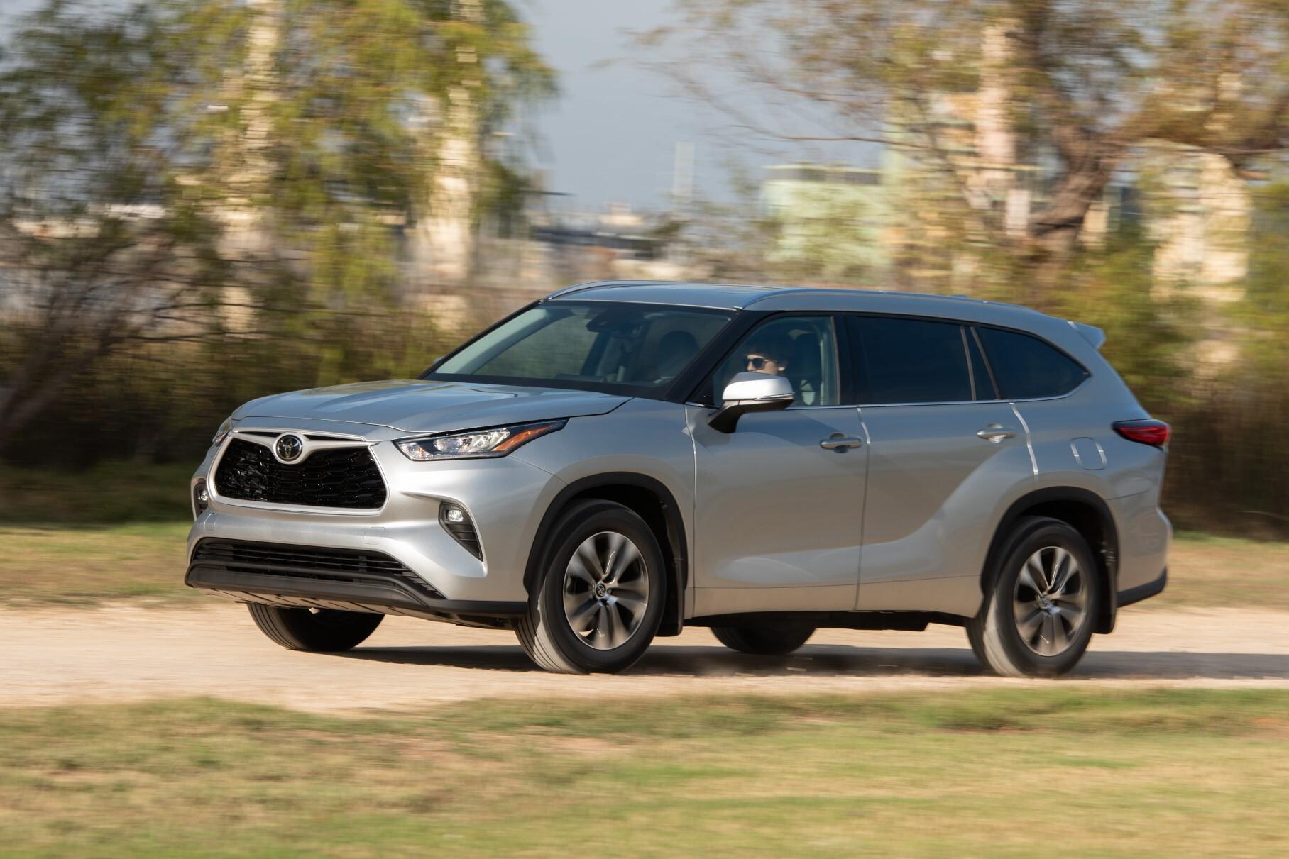 Toyota подняла цены в России на 11-108 тысяч рублей