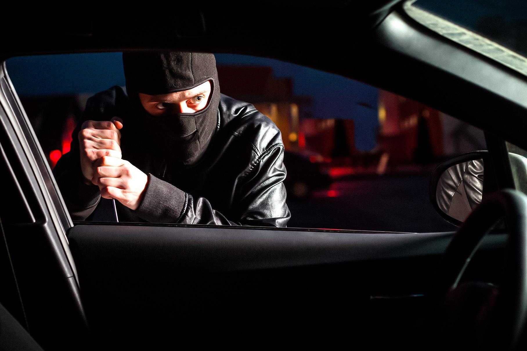 Hyundai Santa Fe возглавил рейтинг самых угоняемых автомобилей в России
