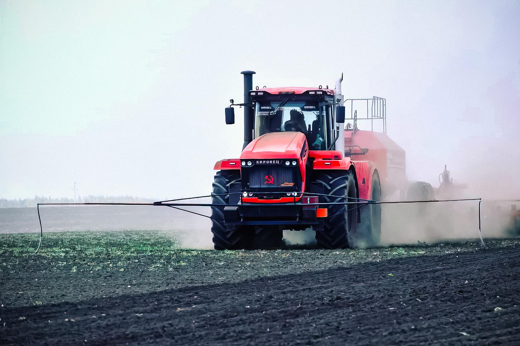 В России наладят серийный выпуск беспилотных тракторов
