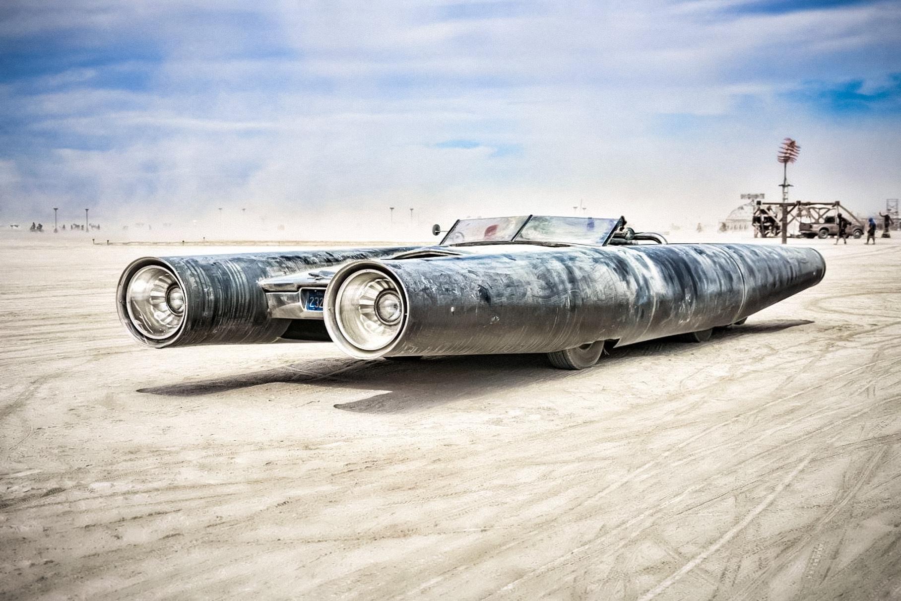 Организаторы фестиваля Burning Man продают уникальные «автомобили-мутанты»