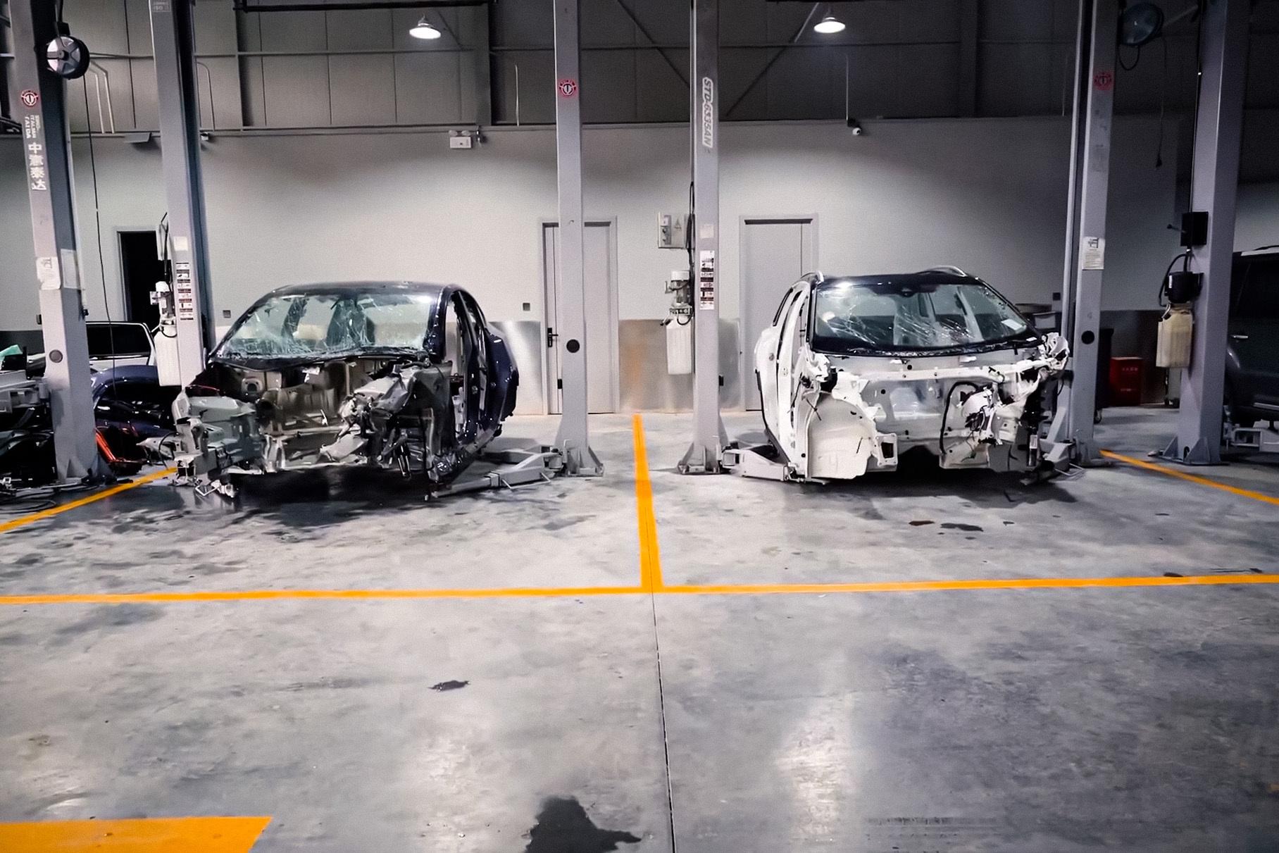 Видео: Tesla Model Y и Volkswagen ID.6 Crozz столкнули лоб в лоб ради краш-теста