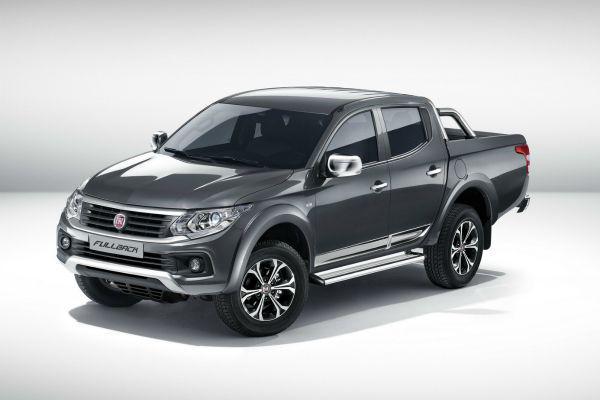 В России начались продажи близнеца Mitsubishi L200