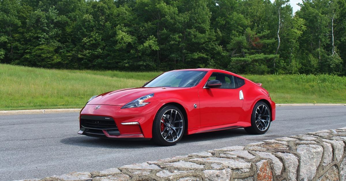 Преемник Nissan 370Z получит ретро-дизайн и 400-сильный мотор
