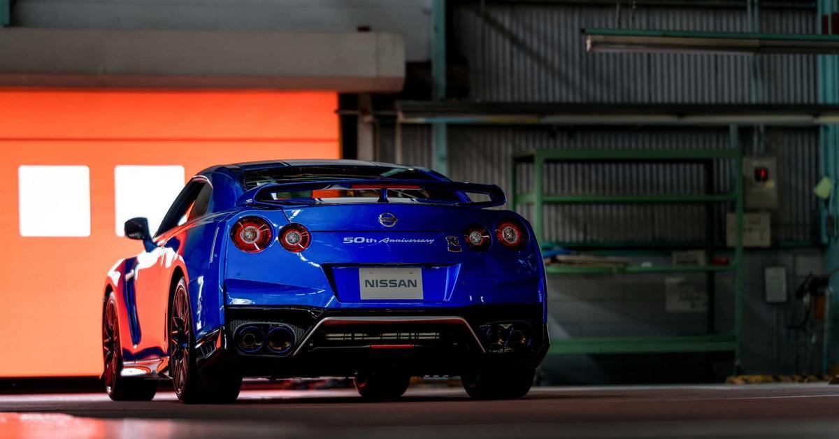 Nissan может отказаться от моделей GT-R и 370Z