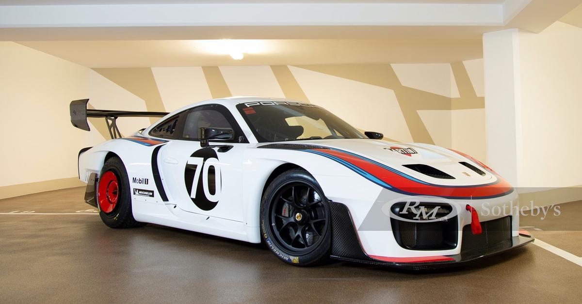 Коллекционный Porsche продают через четыре месяца.