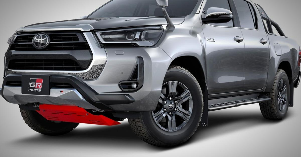 Модернизированный Toyota Hilux пережил дебютный тюнинг