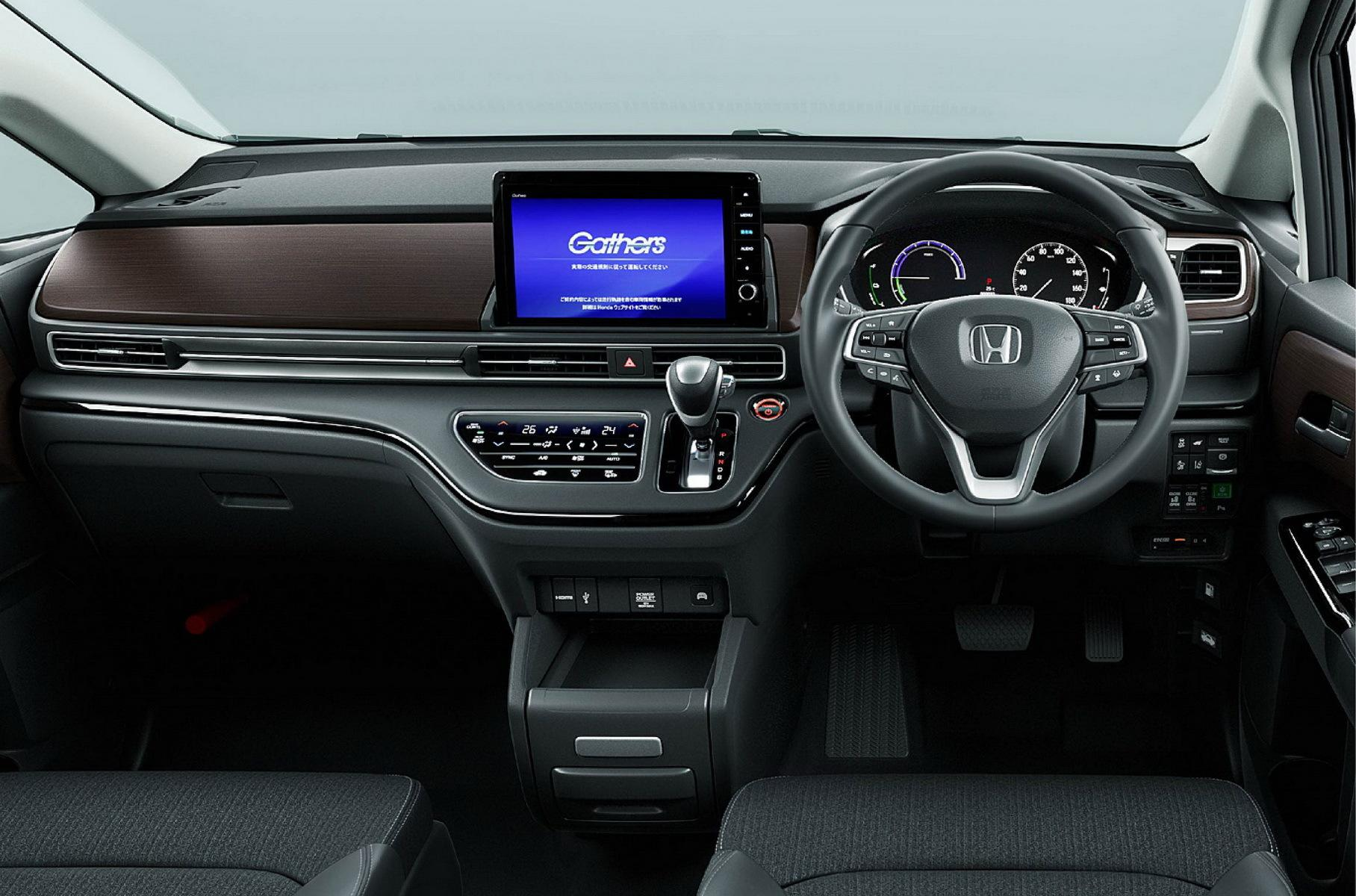 минивэн Honda Odyssey салон