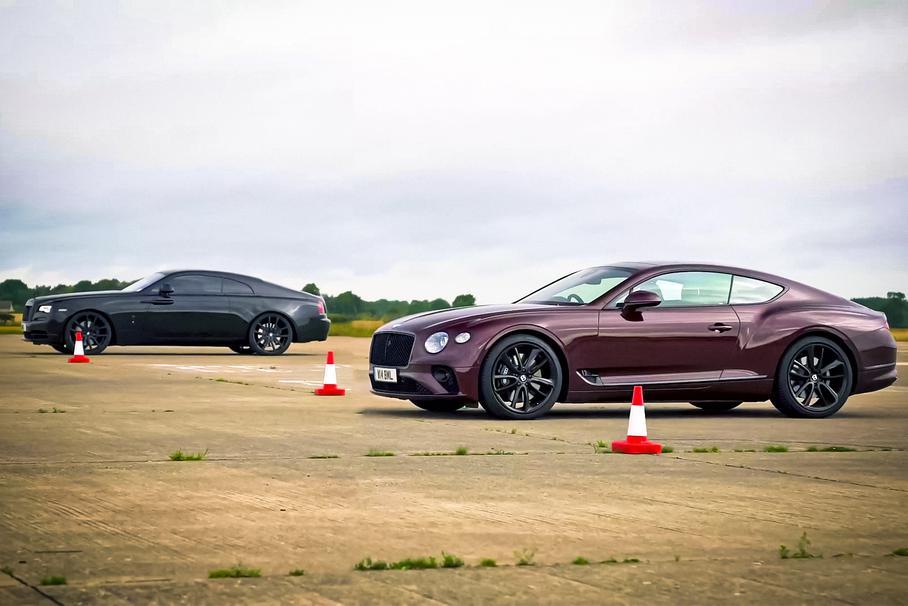 Самая дорогая дрэг-гонка: Rolls-Royce Wraith против Bentley Continental GT