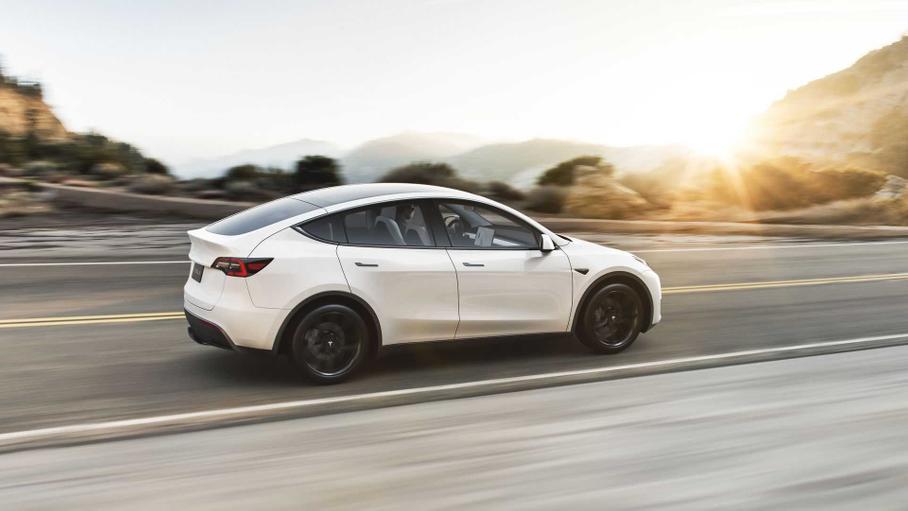 Прибыль Tesla в третьем квартале выросла втрое