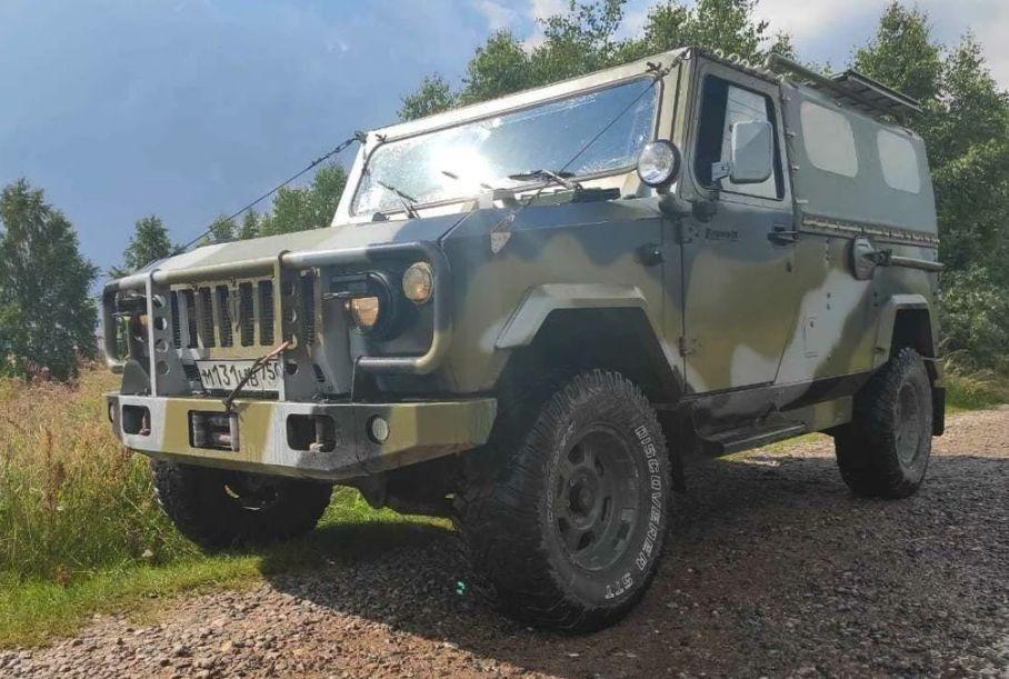 В России продают редкий армейский внедорожник, который не выпускался серийно