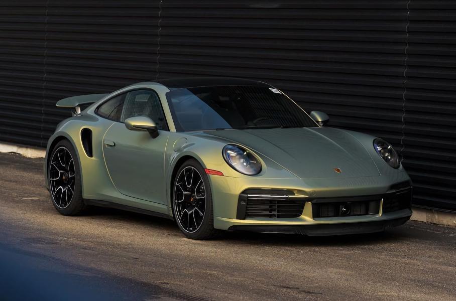 Посмотрите на Porsche, который из-за уникальной краски стоит как Rolls-Royce