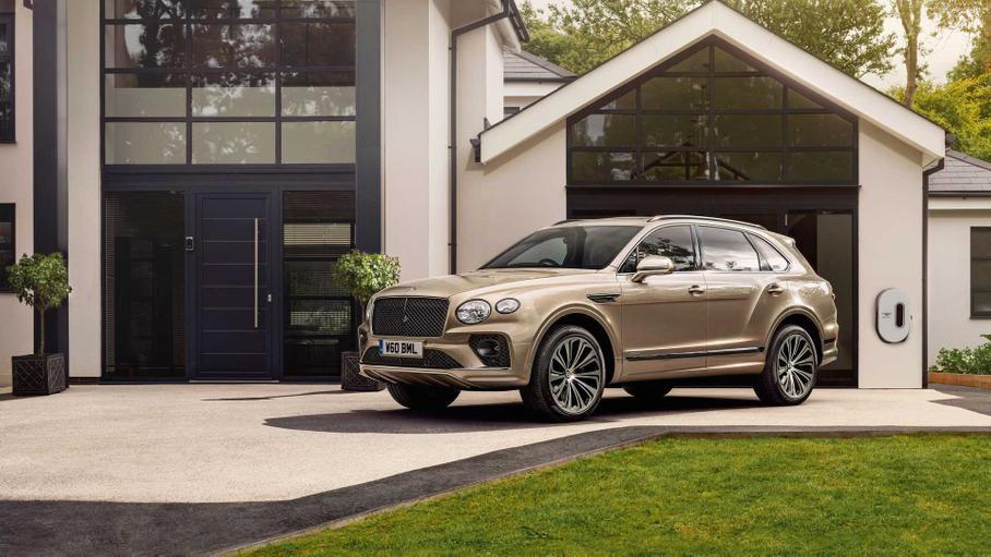 Bentley предложила 26 новых цветов кузова для обновлённой Bentayga