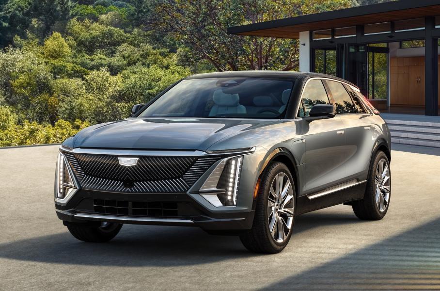 Cadillac представил серийную версию электрического кроссовера Lyriq