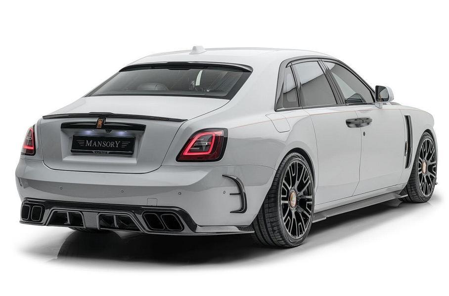 Для нового Rolls-Royce Ghost разработали эпатажный обвес