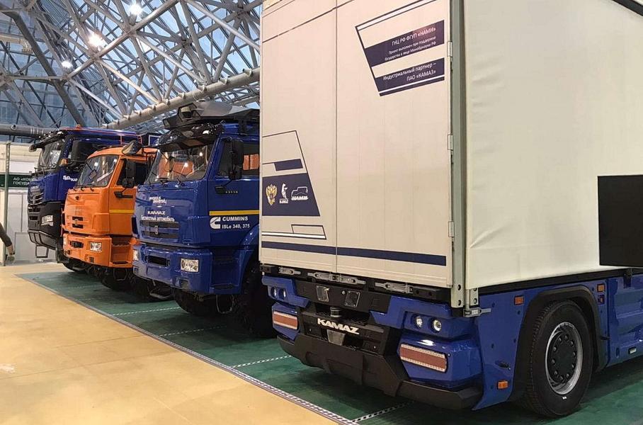 КАМАЗ выпустил первый электрический грузовик без кабины