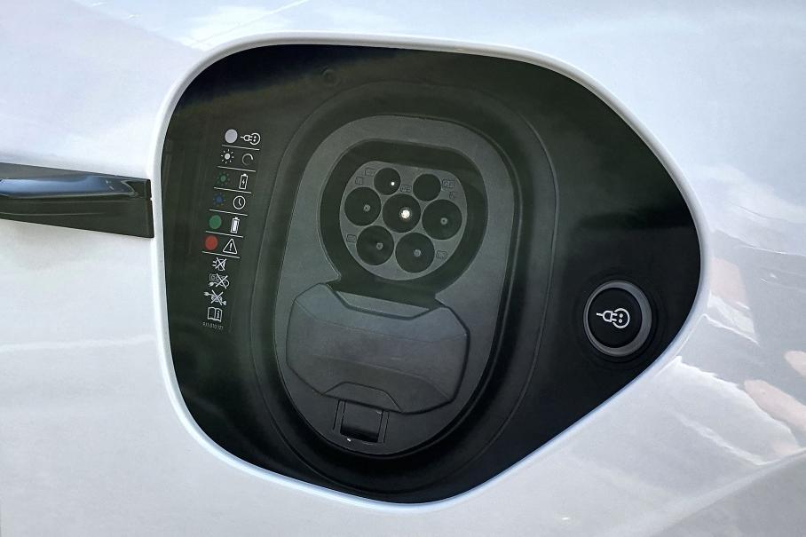 Porsche Taycan Тестируем Turbo