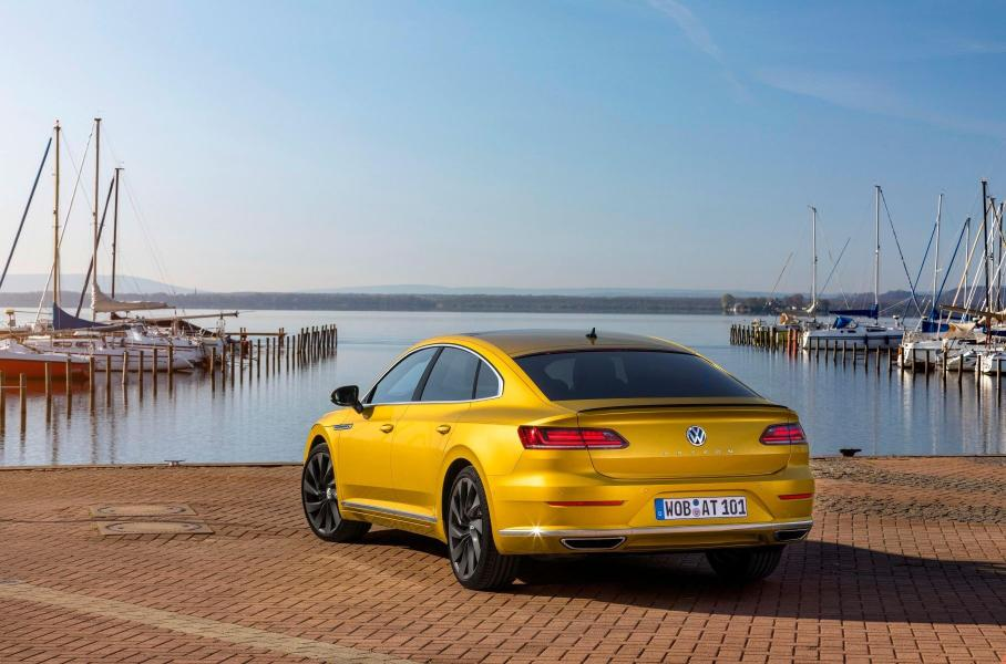 В России стартуют продажи Volkswagen Arteon: известны цены