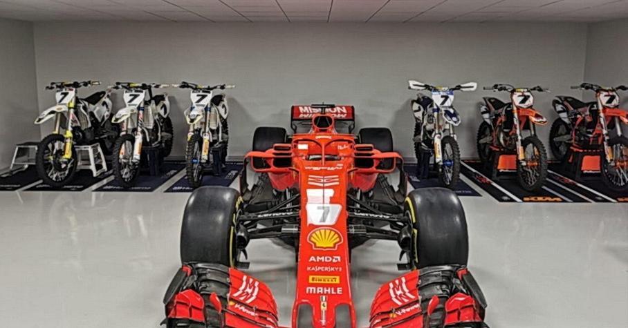 Ferrari подарила Кими Райкконену болид Формулы-1